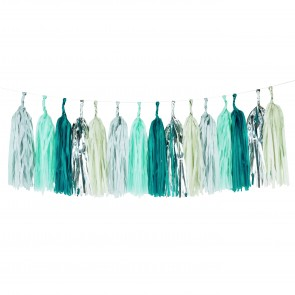 Tassel Garland in Green